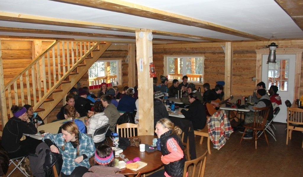 Fox Bay Lodge Dining room